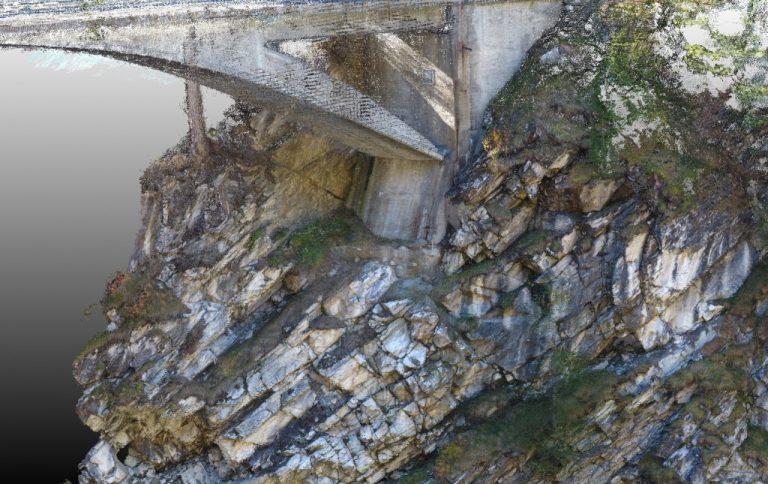 Photogrametrische Punktwolke aus Fotodrohnenaufnahmen der Letziwaldbrücke im Avers